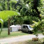 emplacements-caravanes-camping-aveyron.jpg